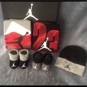 Jordan Shoes - INFANT Nike Air Jordan Baby Booties ONESIES Cap